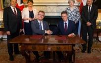 Absence of Theresa May's signature on DUP deal 'means new agreement not necessary if she quits as PM'