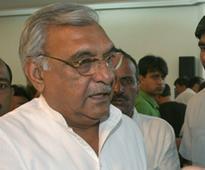 Haryana CM Khattar has taken a U-turn on beef ban, says Congress
