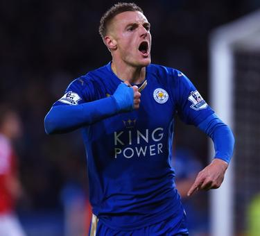 Jamie Vardy extends Leicester City contract till 2019