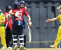 England women crush Australia