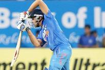 Virat Kohli misses fifty, India two down
