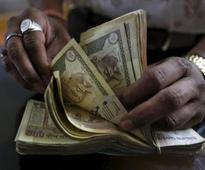 Falls in rupee, stocks not exceptional - Shaktikanta Das