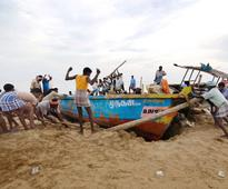 Lankan Navy apprehends eight Tamil Nadu fishermen