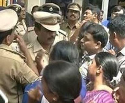 School staffer detained for 3-year-old girl's rape in Bangalore