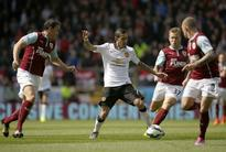 EPL Results: Even Di Maria Cannot Inspire Manchester United as Van Gaal's Men ar