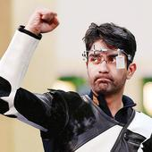 Abhinav Bindra tints CWG goodbye with gold