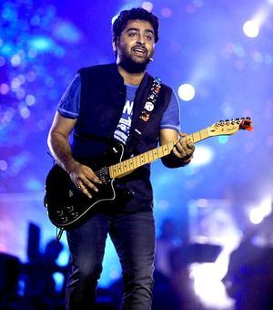PIX: Arijit Singh wows Mumbai