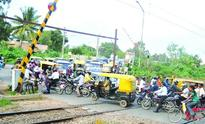 Unmanned level crossings spell danger
